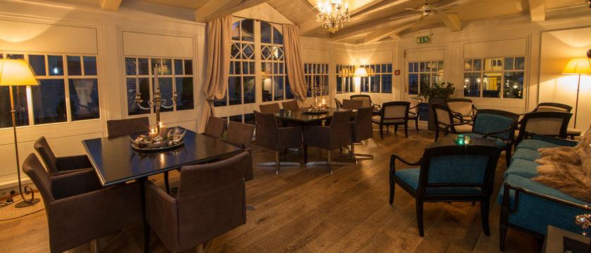 Hotel Heitzmann, Zell am See, Austria - Lounge.jpg